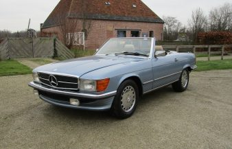 Mercedes W107 560 SL 1989 SOLD