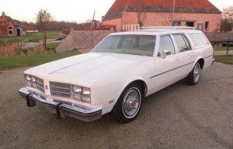 Oldsmobile Custom Cruiser 1978 —SOLD