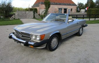 Mercedes W107 560 SL 1988 SOLD