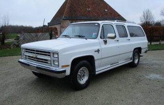 Chevrolet Suburban 1988 — SOLD