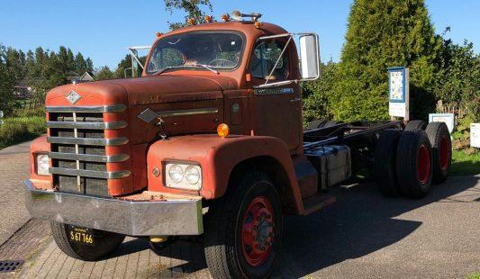 Diamond T 180 Cummins Diesel 1965