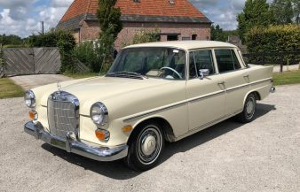 Mercedes W110 230 1968 SOLD