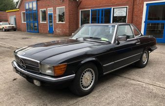 Mercedes W107 500 SL 1983 SOLD
