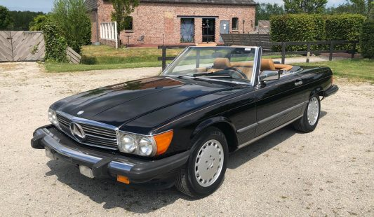 Mercedes W107 560 SL 1987 SOLD