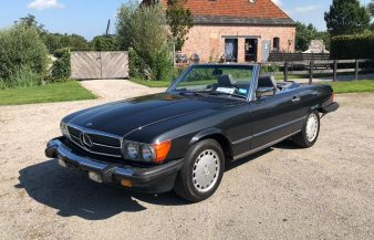 Mercedes W107 560 SL 1989 SOLD